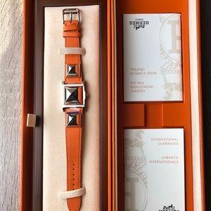 Brand new 100% Auth Hermès Medor Watch in orange